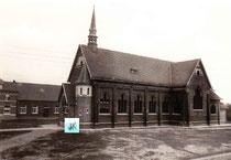 Kerk met toren-foto verkregen door toedoen van Jef Veeckmans