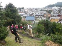 松本峠から木本町を見下ろす