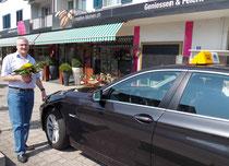 Express- und Kurierfahrten mit Taxi Fritschi Rapperswil-Jona, beim Blumengeschäft
