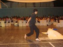 Quique Gramajo presentando sus danzas