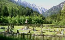Friedhof Weichselboden an der Salza, Blick auf die Hochschwabgruppe.