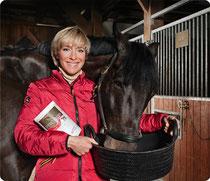 Ingrid Klimke, Championne olympique allemande d'equitation recommande nos produits aloe vera et nutrition pour les chevaux
