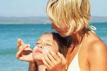 LR Aloe Vera Sun Care garantit non seulement une protection solaire optimale mais également une parfaite hydratation.
