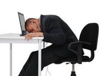 Vous passez des heures devant votre ordinateur? Attention à bien prendre une position convenable. et buvez votre aloe vera, une tisane cistus ou figuaktiv amincissante ou Mind Master
