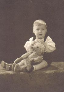 Ich, als einjähriger in Kiel
