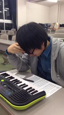 「明日から勉強かぁ…(´Д` )」