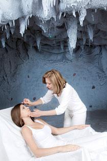 Akupunktur in der Salzgrotte mit Frau Dr. Claudia Radbauer