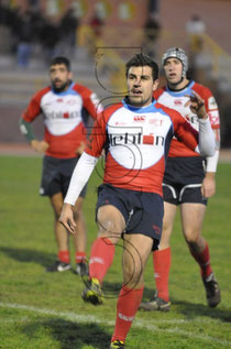 Sergio Puente Pateando