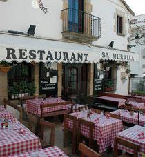 Alquiler de vacaciones en Tossa de Mar - fachada del restaurante en Tossa de Mar