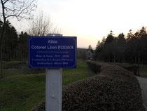 La rue Léon Rodier, fondateur de l'ANSBV, menant à la chapelle du village détruit de Fleury devant Douaumont