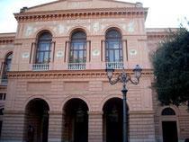 Facciata Teatro Verdi di Salerno