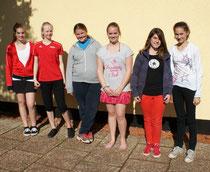 Die Juniorinnen U15-2 (4 jungen Damen links) wurden auch von ihren beiden Kolleginnen aus der Juniorinnen U15-1 unterstützt.