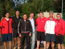 In der Verbandsliga mit Platz 5 mussten sich in diesem Jahr die Herren 30 begnügen, was ihnen sichtlich nicht viel aus macht.