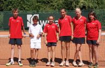 Die Bambini des TC Rot-Weiss Dillingen machten in ihrem ersten Spiel gleich richtig Druck und gewannen hochverdient - nicht so unbedingt die Senioren