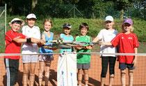 Die Kids des Kleinfeld-Tennis feierten einen großen Erfolg mit Spaß und Freude.