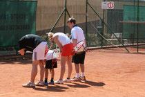 """Schon in den Vorjahren gab es lustige Spiele im Rahmen der Saisoneröffnung """"Deutschland spielt Tennis""""."""