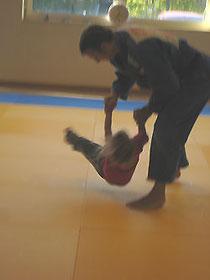 Tai-o-toshi und Fallschule eines Schülers