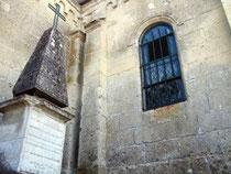 Tombe du Mousquetaire du Roi à Verneuil
