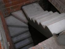 """Escalera de Hormigón Armado en """"U"""""""