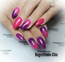 Roze en paarse stilettonagels met 2kleuren glitter