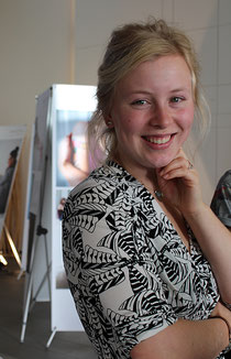 Luise Paulsen, Organisatorin der Ausstellung im Trauerzentrum bei Seemann & Söhne, Hamburg