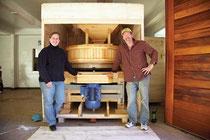 Maine Grainsは地域産の穀物を挽くビジネス。スローマネー出資者の支援を受けている。