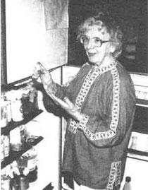 Margrit Selke女史とバイオダイナミック農法の培養菌。