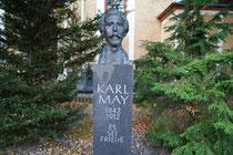 Karl- May Gedenkstein