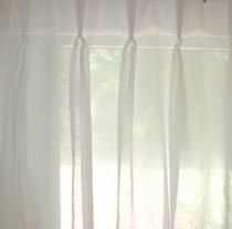 Ready Made pinch pleat sheers white W150 X 96
