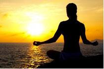 Aktive Meditation hilft mit neuen Methoden gegen den Alltagsstress.
