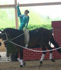 Carolin Märker auf Rocky vom Pferdesportverein Ludwigshafen