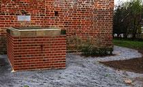 Gruft der von Winterfeld in Neuhausen