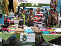 Verkauf auf den Trödelmärkten, Barbara Saatmann, Jun Frogosa + Anne Herber