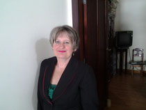 a658964cbdd Gerente General Gloria Benstead con mucho experiencia trabajando en Loja en  otras institutos