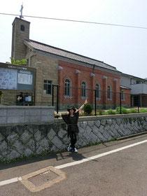 みなさま~。ご覧ください。こちらが山田教会でございまーす♪