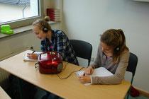 Schüler arbeiten mit dem Rekorder