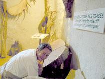 Jean-Louis Orengo dans son musée des traces à St.Liziers (Ariège-Pyrénées)