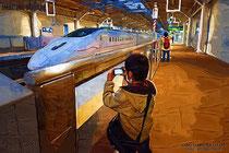 大牟田駅でツバメとを撮り鉄中