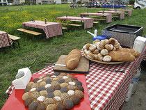 Wurst, Brot und JungfrauBräu