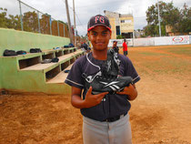 Luis Enrique Concepción Santana. (Guillo) Pitcher y Outfield