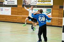 Nils Kirsamer zeigte mit 5 Toren eine starke Leistung gegen den Favoriten