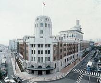 こちらは神戸税関です