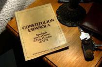 Ejemplar de la Constitución Española repartido a la ciudadanía en 1978