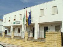 Edificio de administración, biblioteca y aula de experiencias
