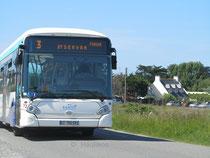 Le Heuliez Bus GX 327 BHNS numéro 72 du réseau KSMA de Saint-Malo en service sur la ligne 3 vers Saint-Servan en destination de Bellevent.