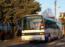Le Setra S215SL numéro 57 du réseau KSMA de Saint-Malo en Haut-le-pied. IL est surpris ici à Sainte-Famille.