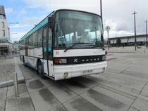 Le Kassbohrer Setra 215 SL numéro 56 du réseau KSMA de Saint-Malo agglomération sur un service de la ligne 4.