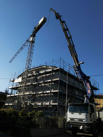 Smontaggio gru edile a Fermignano