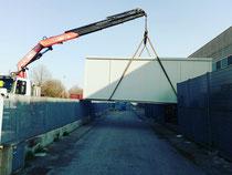 Rimini gru noleggio camion gru per scarico e posizionamento container San Giovanni in Marignano