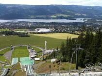 Blick vom Schanzenturm auf Lillehammer